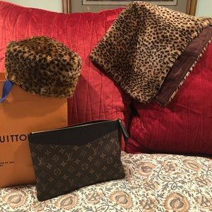 Vintage leopard scarf and matching hat